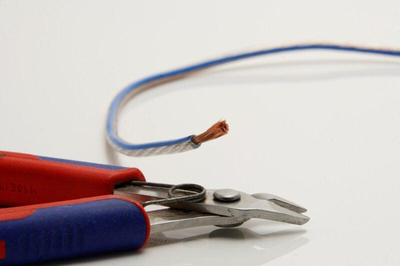 Czy kabel głośnikowy to istotny element konstrukcji?